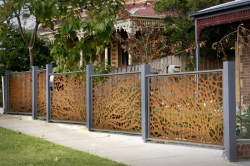 Perfect-Metal-Fence-Panels