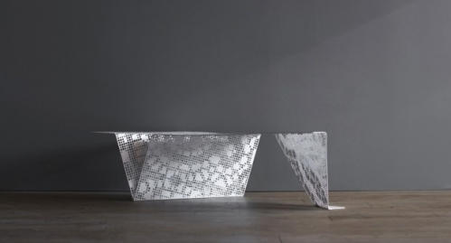 table-design-metal-apparence-dentelle