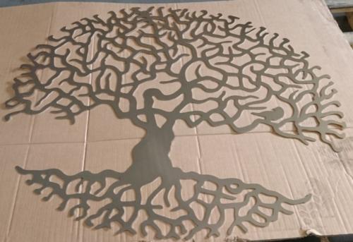 Декоративное дерево для ресторана. Высококачесвтенная лазерная резка, нержавеющий лист с зеркальной поверхностью.